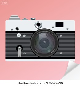 Old photo camera vector for logotype or icon with realistic lens .