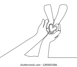 One line drawing of mother or father and children. Mom and dad loving care concept. Family insurance sign - continuous line draw vector