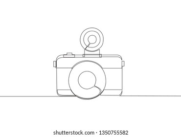 One single line drawing of old retro lomo photo camera. Vintage lomography equipment concept continuous line draw design illustration
