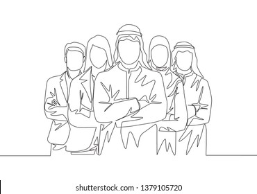 One single line drawing of young happy male and female muslim workers line up together. Saudi Arabia cloth shmag, kandora, headscarf, thobe, ghutra. Continuous line draw design illustration