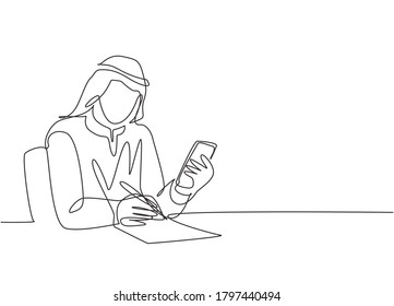 One single line drawing of young happy male muslim writing business report to company book. Saudi Arabia cloth shmag, kandora, headscarf, thobe, ghutra. Continuous line draw design vector illustration