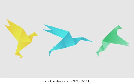 Origami birds set. Origami vector illustration. Paper birds.