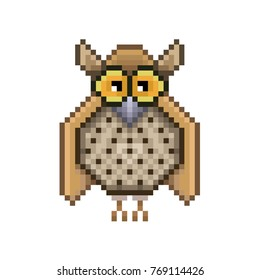 Owl pixel Icon, in the vector. EPS 8 format.