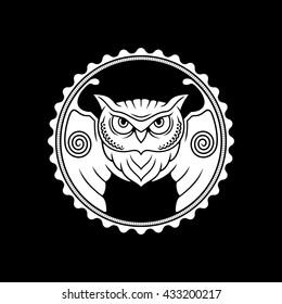 Owl / Vector illustration