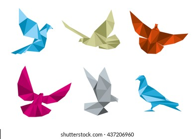 Paper pigeons, doves bird in origami polygonal style vector illustration set