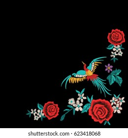 patch flowers embroidery with parrot for apparel