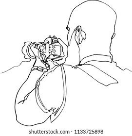 Photographer with SLR camera is taking pictures, illustration. One continuous minimalistic line, a view from the back, a work of liner, a mirror, a bald head, a beard, a T-shirt, biceps
