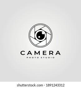 photography camera lens logo vector minimalist illustration design