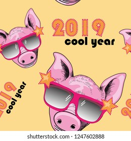 Pig with cool sunglasses seamless pattern.  Cool year 2019. Vector illustration of cool pig with sunglasses on yellow background