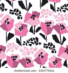 Poppies blossom hand drawn vector seamless pattern. Decorative botanical flat texture. Minimalistic tulip flowers on white background. Floral wrapping paper, textile, wallpaper cartoon design