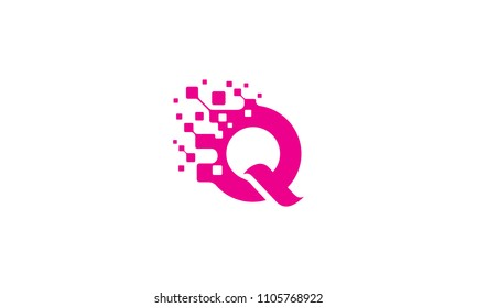 Q initial digital logo