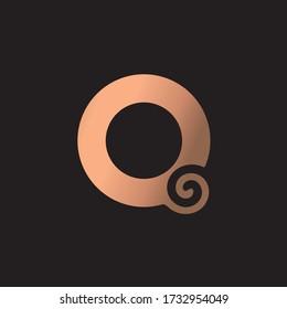 Q Letter Luxury Logo. Q Logo with bronze Gold Colour Effect.