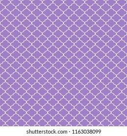 Quatrefoil Seamless Pattern - Graphic light purple and white quatrefoil or trellis design