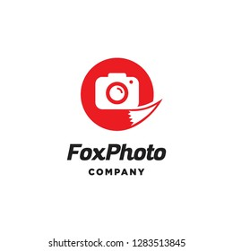 red fox tail animal with camera photography lens capture logo icon vector template