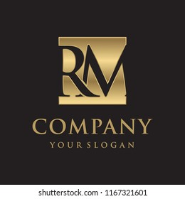 RM initial letters looping linked box elegant logo golden black background