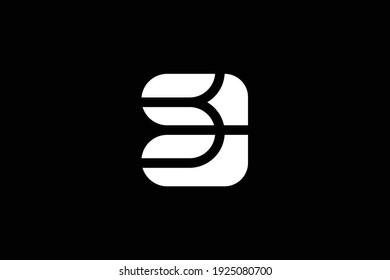 SC letter logo design on luxury background. CS monogram initials letter logo concept. SC icon design. CS elegant and Professional white color letter icon design on black background.