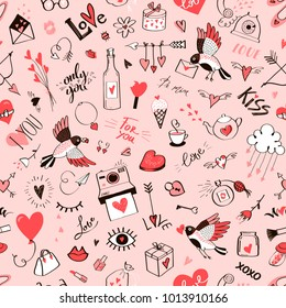 Seamless doodle love pattern.Vector
