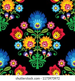 Seamless folk art vector pattern - Polish traditional repetitive design with flowers - wycinanki lowickie. Retro floral background, Slavic colorful textile or wallpaper design on black, retro decorati