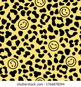 Seamless Leopard Skin Pattern with Happy face icon. Smiling Emoticon texture. Smile background. Smile Face icon all over print. Happy Faces. Leopard skin background.