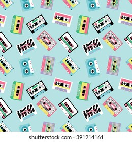 Seamless pattern with audio tapes in retro 80s style 4
