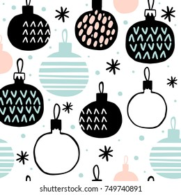 Seamless pattern with Christmas balls