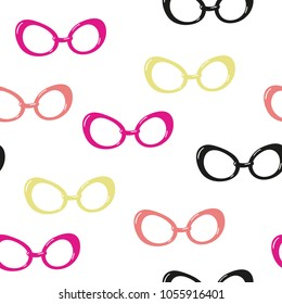 Seamless pattern with colorful glasses on a white background. Vector template suitable for textiles, wrapping paper or bedding.