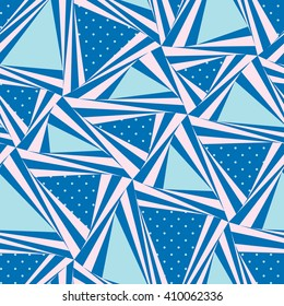 Seamless pattern composed of triangular pieces.