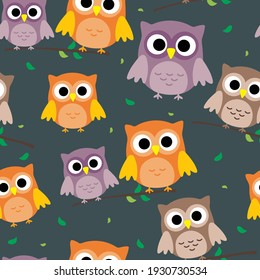 Seamless pattern with cute cartoon owl for fabric print, textile, gift wrapping paper. colorful vector for kids, flat style