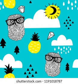 Seamless pattern with doodle owls in eyeglasses and diamonds in the sky. Vector doodle illustration.