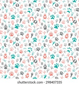 Seamless pattern with footprint of birds and animals.Hand-drawn element useful for invitations, scrapbooking, design.