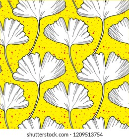 Seamless pattern with ginkgo leaves. Simple stylish pattern. Freehand drawing, vector.
