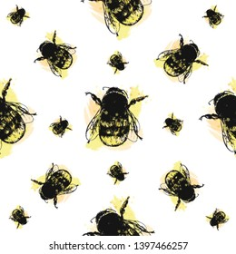 Seamless pattern of hand drawn sketch style bumblebee isolated on white background. Vector illustration.