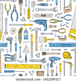 Seamless pattern with manual and powered tools for handcraft and woodworking. Backdrop with equipment for home repair and maintenance on white background. Hand drawn realistic vector illustration.