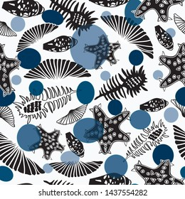 Seamless pattern with seashells and starfishes. Marine white background with blue bubbles, dots, transparent. Vector illustration in sketch style.