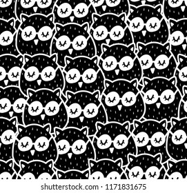 Seamless patterns with many birds in the forest. Vector illustration with cute owls.