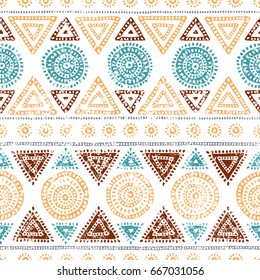 Seamless tribal pattern. Grunge texture. Ethnic and aztec motives. Vector illustration.