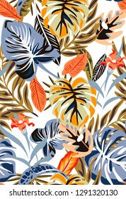 Seamless white tropical pattern in vintage colours. Texture with palm leaves and flowers. Retro and old pattern with plants from jungle.