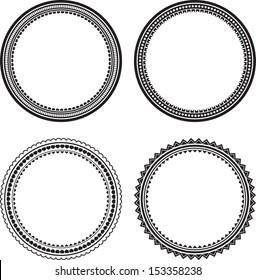 Set of 4 round frames