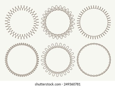 Set of 6 very simple round frames with fully editable stroke width