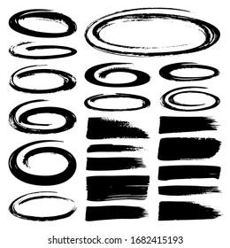 Selektion schwarzer Marker. Handgezeichnete Schlaganfälle, Kreise und Ovalmarkierungen einzeln auf weißem Hintergrund. Schwarz-Weiß-Grunge-Stil.