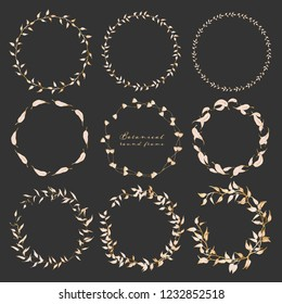Set of botanical round frame, Hand drawn flowers, Botanical composition, Decorative element for Invitations card, Vector illustration.
