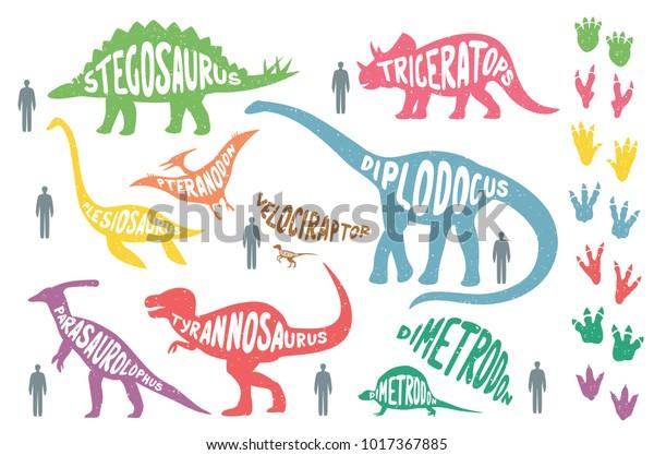 Набор красочных динозавров с надписью и следами, изолированных на фоне wite. Размер динозавров против размера человека. Векторная иллюстрация.