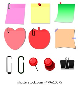 Set of note papers with paperclip