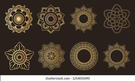 Set round art. Mehendi design. Circular Beautiful patterned golden flower in the form of a mandalar. Tatoo mandala. Decorative pattern in oriental style. Coloring book page. Oriental illustration.