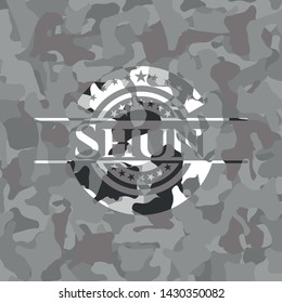 Shun on grey camo pattern