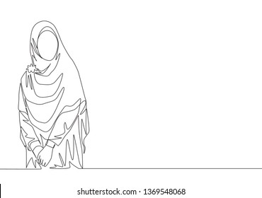 Single continuous line drawing of young beautiful muslimah wearing traditional arab clothing. Beauty Asian woman model in trendy hijab fashion concept one line draw design illustration