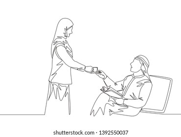 Single continuous line drawing of young wife muslimah giving a cup of coffee to her muslim husband. Romantic saudi arabian islamic couple with kandora, veil, hijab. One line draw design illustration