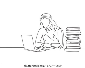 Single continuous line drawing of young male muslim businessman writing business deal contract at the office. Arab middle east cloth shmagh, kandura, thawb. One line draw design vector illustration