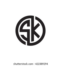SK initial letters looping linked circle monogram logo