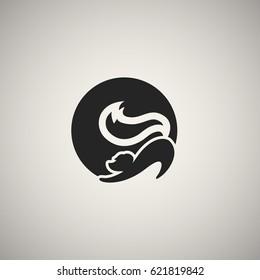 Skunk, fox icon in circle